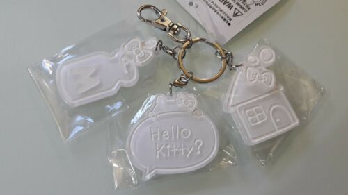 Sanrio Hello Kitty White 3-Piece Charms Keychain Set