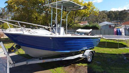 2002 Quintrex 5.2m Centre Console Boat w/60hp Mercury Outboard  Booragul Lake Macquarie Area Preview
