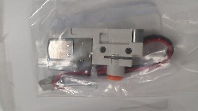 New Factory Sealed - 3 Port Solenoid Valve Smc Vqz115-5l1-n3 Pneumatic Control