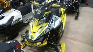 2016 Ski-Doo MXZ 800 ETEC XRS -