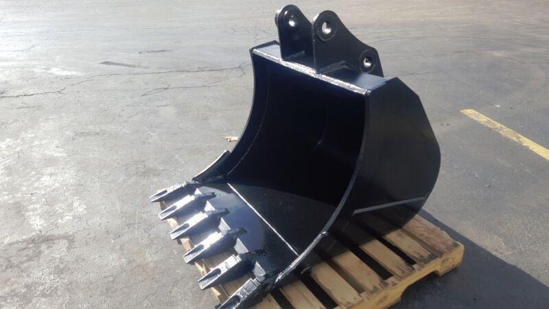 """New 36"""" Doosan DX75 Heavy Duty Excavator Bucket"""