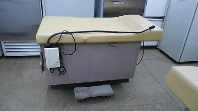 Midmark Ritter 104 100-035 Medical Examination Table Adjustable Back Stirrups