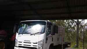 ISUZU NPR300 Crew cab - Dual Cab Childers Bundaberg Surrounds Preview