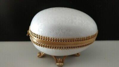 Vintage Evans White Enamel Egg Rosary Trinket Jewelry Ring Box RARE BEAUTIFUL!