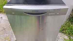 ( FREE DELIVERY) 14P WESTINGHOUSE DISHWASHER Reservoir Darebin Area Preview