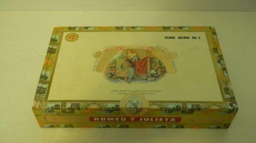 Vintage Wooden Empty CIGAR Box ROMEO y JULIETA Cedro Deluxe Dominican Republic