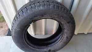 4wd tyre h/t 255/65 R17 basically new Mount Low Townsville Surrounds Preview