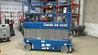 Genie Gs-3232 Scissor Lift