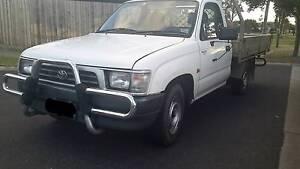 1998 Toyota Hilux Melbourne CBD Melbourne City Preview