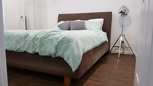 Queen bed frame Merrimac Gold Coast City Preview
