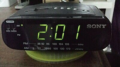 Sony Dream Machine AM/FM Alarm Clock Radio Battery Backup ICF-C212 WORKS GREAT
