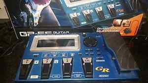 Roland GR-55 guitar synth incl. Gk3 midi pick up Pottsville Tweed Heads Area Preview