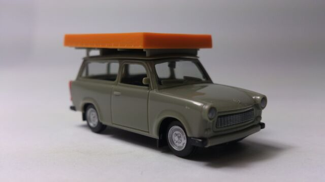 Herpa 024181 Trabant 601 S Universal with Roof Top Tent 1:87  HO Scale (UK)