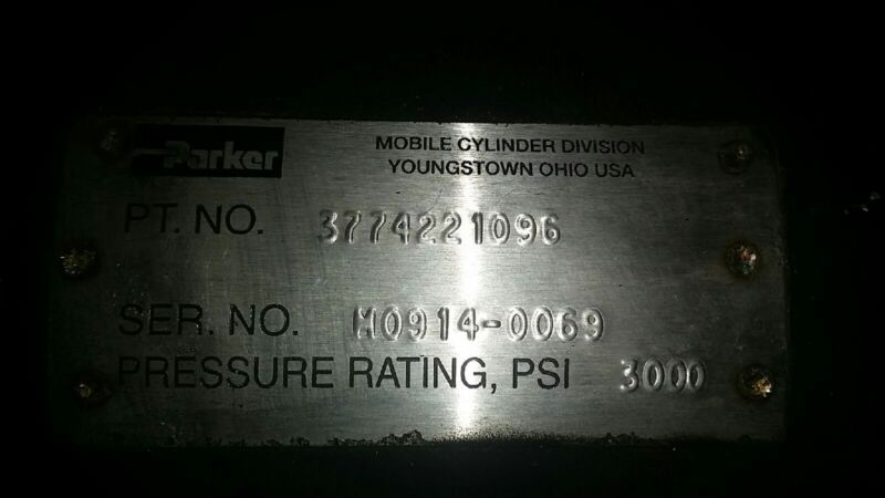 """PARKER Mobile Hydraulic  Cylinder 3774221096 3000 psi  109"""" total length"""