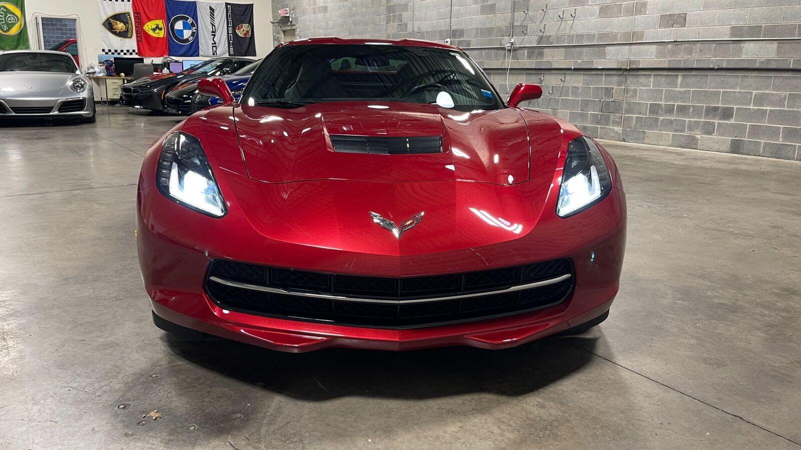 2015 Red Chevrolet Corvette Stingray 2LT | C7 Corvette Photo 5