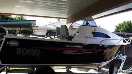 2014 clarke 485 challenger half cabin boat