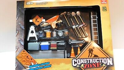 Phoenix Hobby - 1/24 -- Accessory Set  Construction Zone