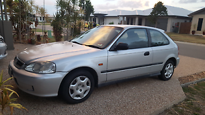 Honda Civic Burdell Townsville Surrounds Preview