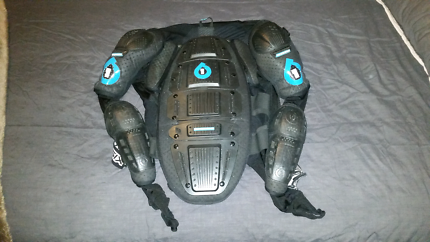Sixsixone vapour pressure suit body armour XL