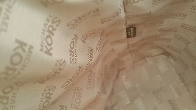 Examples of genuine lining