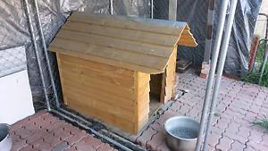 Wooden Dog Kennel Preston Darebin Area Preview