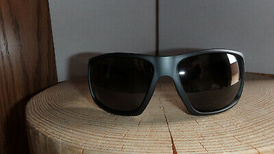 Smith Optics Sunglasses Dragstrip Matte Black with Polarized Gray (Smith Dragstrip Sunglasses)