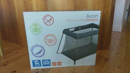 CHILDCARE AVION (AERO) PORTACOT- NEW (SEALED BOX)