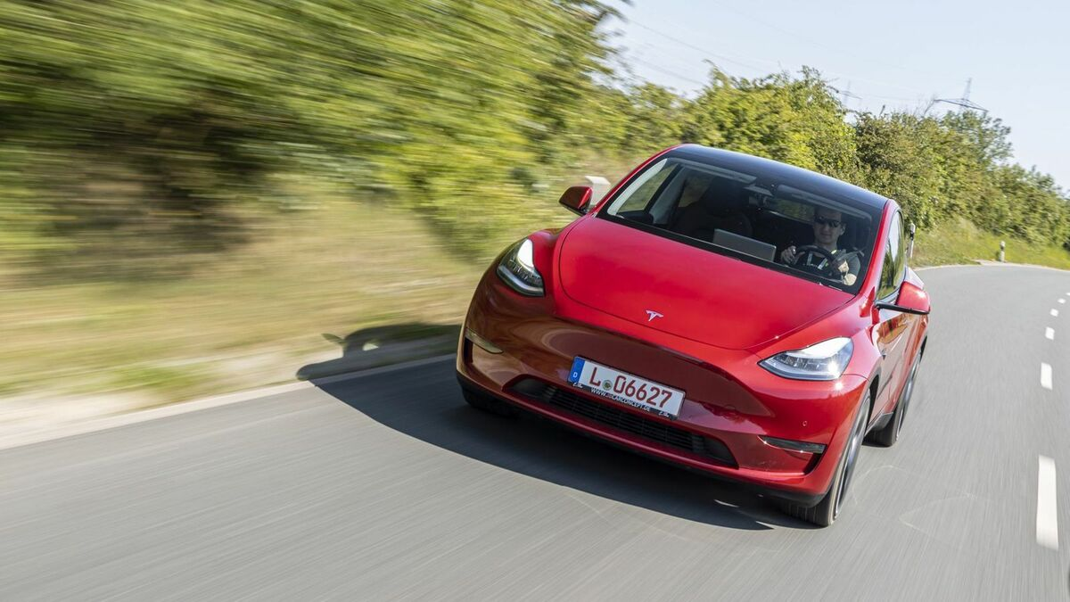 Tesla Model Y (2021) in Frontansicht