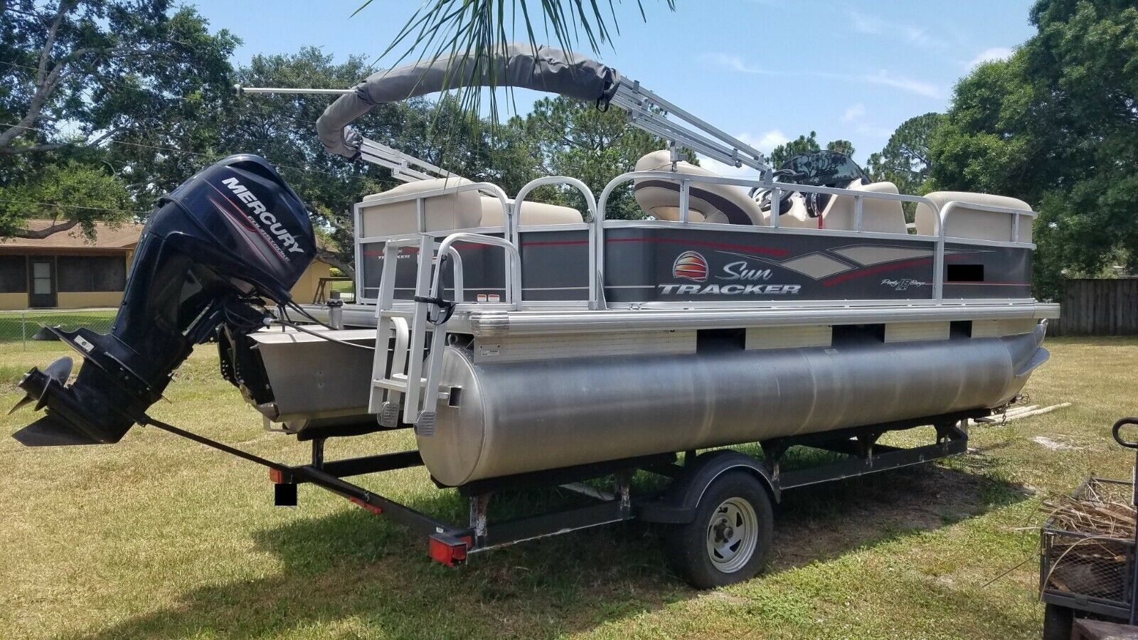 """2018 Suntracker Party Barge Pontoon Boat with Trailer 18"""" Foot Ft"""