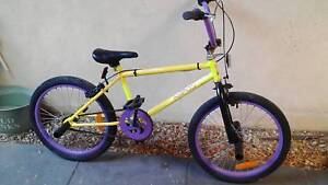 REPCO BMX BIKE ( NO EMAILS )