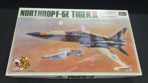 HASEGAWA NORTHROP F-5E TIGER II   1/32