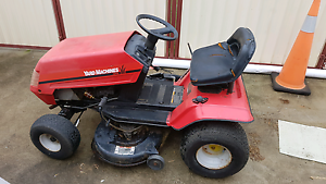 Mtd ride on mower Killarney Vale Wyong Area Preview