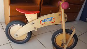 Kids skuut balance push bike Tewantin Noosa Area Preview