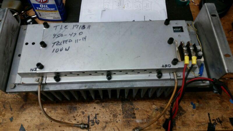 Motorola amplifier UHF 100 Watts