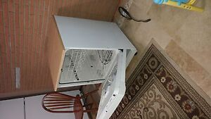 Portable dishwasher. Like new! $350. Delivery