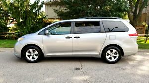 2011 Toyota Sienna P.group, well Maintained, SHARPE, Certified