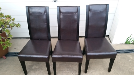 Set of 3 chairs all for $12neg