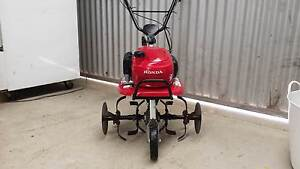 Honda F220 Rotary Hoe hardly used. Waterloo Corner Playford Area Preview