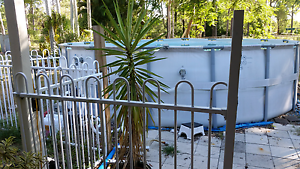 Above ground pool18' round Greenbank Logan Area Preview