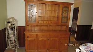 buffett cabinet with detailed lead light, top quailty item Kingsley Joondalup Area Preview