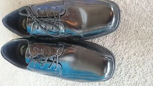 Men's size 10W Dress Shoes