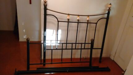 Queen bed frame Birkdale Redland Area Preview