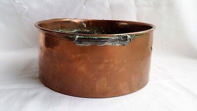 ANTIQUE COPPER PAN, APPROX 21 CM DIAMETER, 9.5 CM HIGH, MISSING HANDLES.