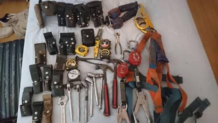 Scaffolding tools, frogs, belts, harness, inertia reels. New bag