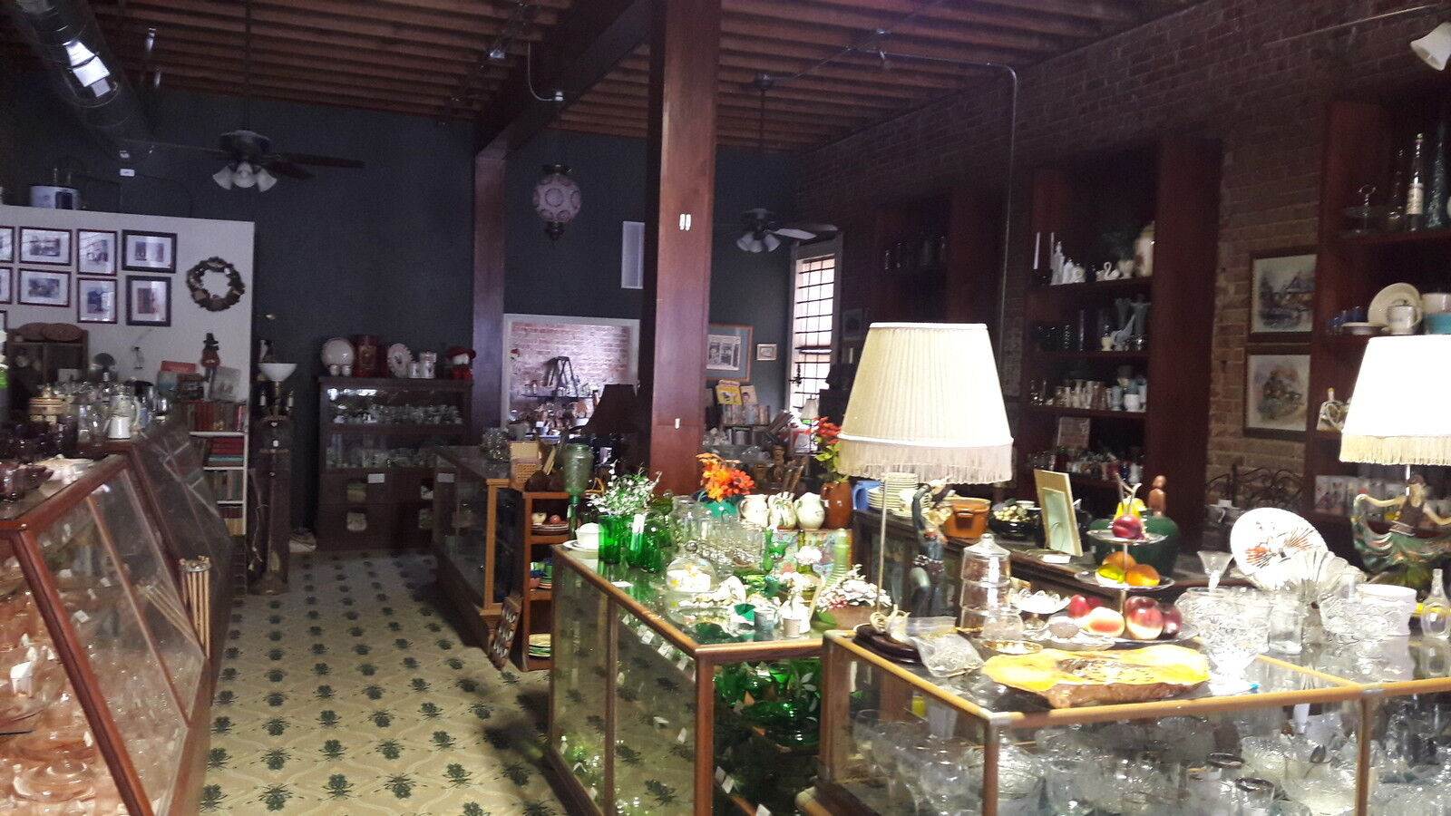 Bowen Antiques and Collectibles