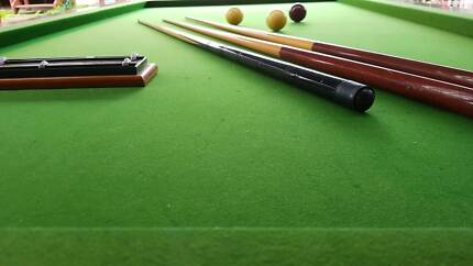 Carom Billiard built in stone excellent conditions