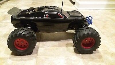 1:10 Scale Traxxas Rustler Electric RC Car With Upgrades! **MUST SEE**