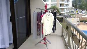 lightweight portable clothes line. folds away for easy storage.