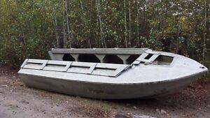 Bateau Duck Boat