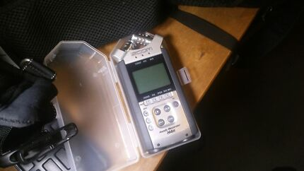 Zoom H4n field recorder Riverhills Brisbane South West Preview